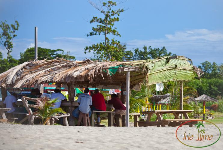 Pinneys Beach Bar-1