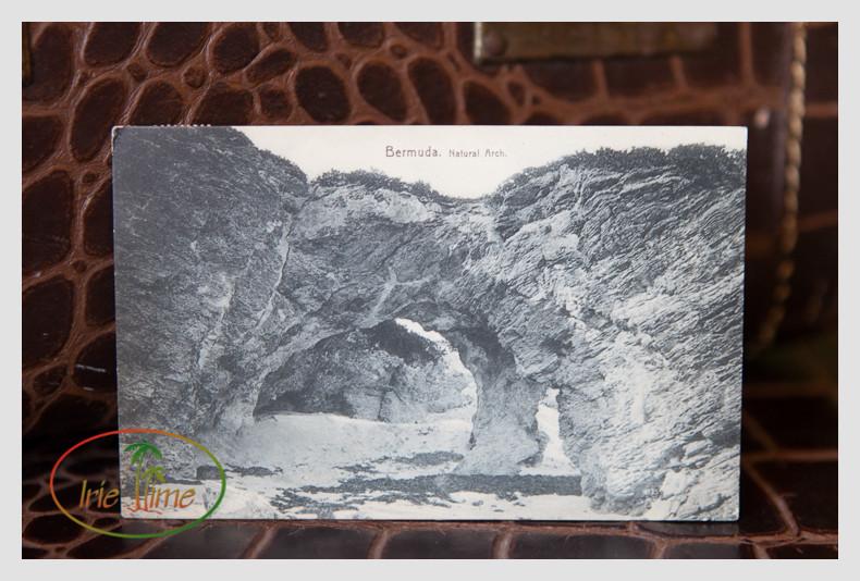 Vintage Postcards L-16