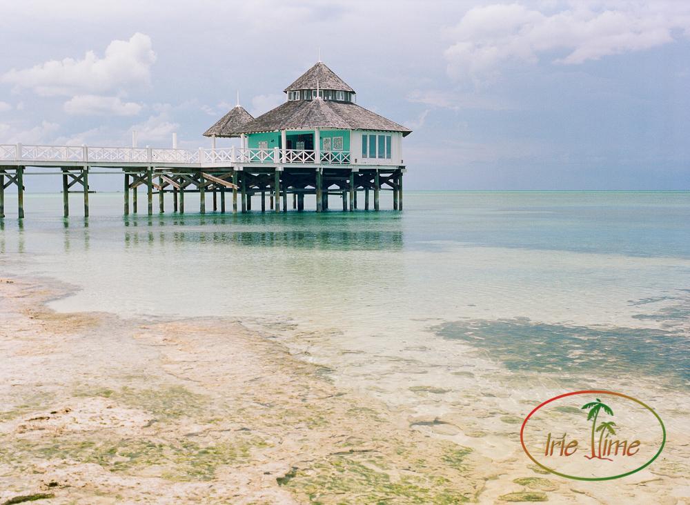 Kamalame Cay Overwater Spa