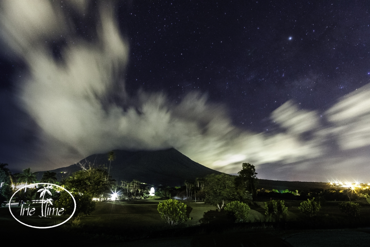 Travel with Prime Lenses: Canon 24mm f/1.4 at f/5.6; 35 second exposure